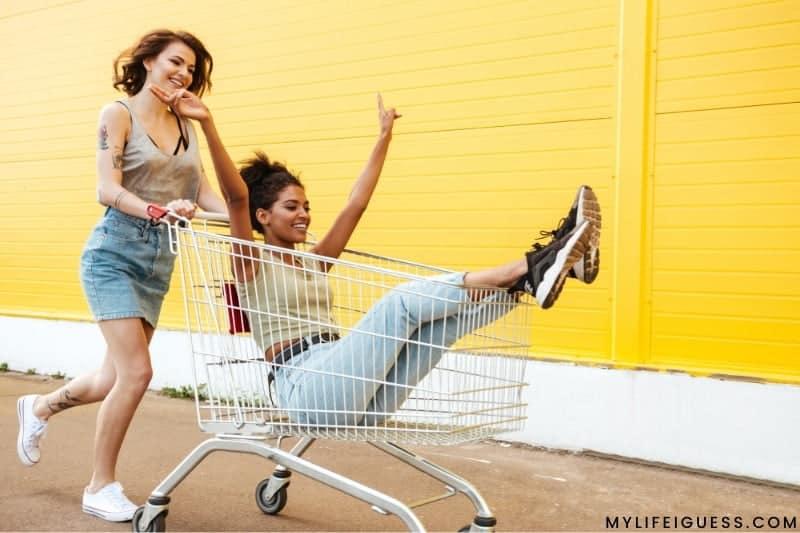 2 young women smiling and having fun